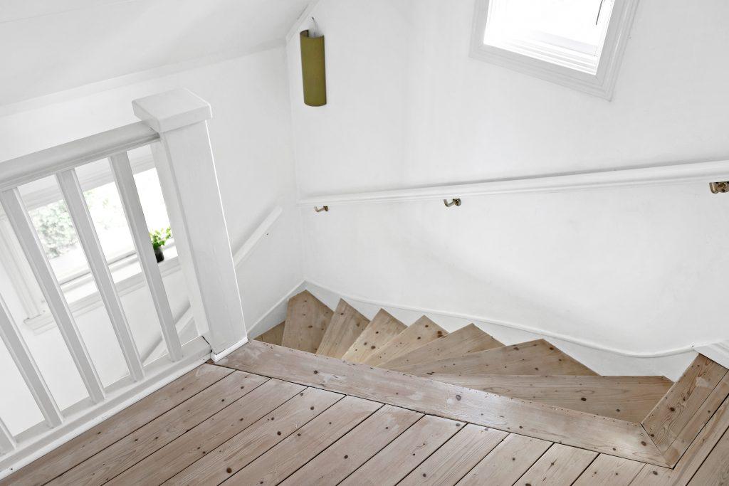 Valj gammal trapp
