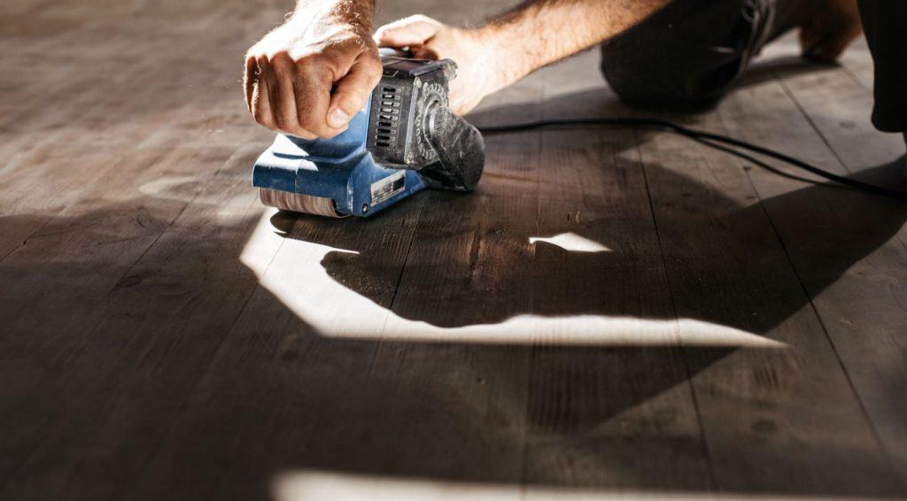Slipa golv själv